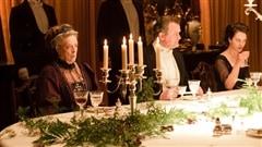Une scène de repas de Downton Abbey