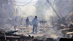 Sc�ne de d�solation dans un quartier de Port-au-Prince, apr�s le s�isme du 12 janvier 2010