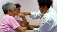 Des aînées en plein exercice physique