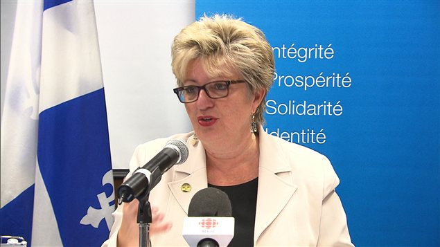 La ministre de l'Immigration Diane de Courcy en tournée à Montréal, le 17 janvier.