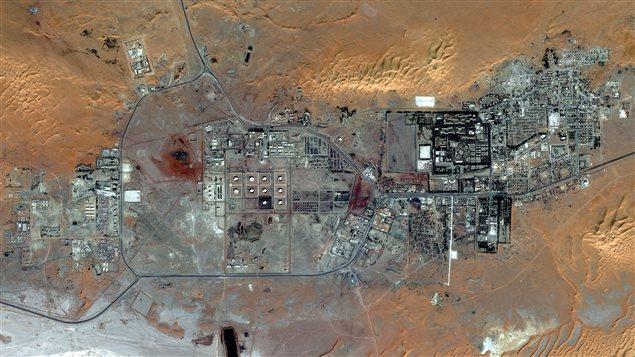 Le site construit sur quelques kilomètres regroupe les quartiers des travailleurs et les infrastructures gazières.