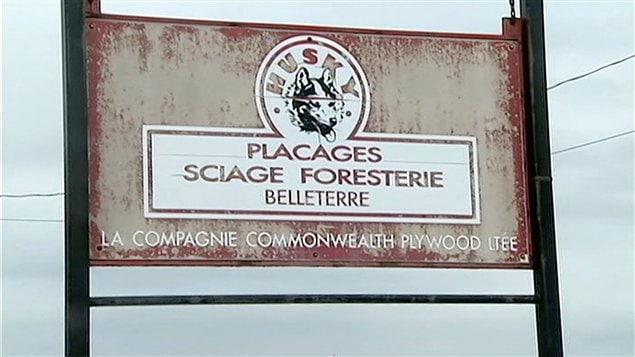 L'usine de Commonwealth Plywood à Belleterre