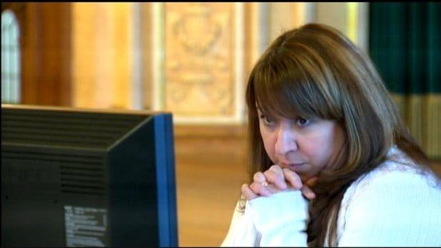 Diva Faria témoigne à la commission d'enquête sur les circonstances entourant la mort de Phoenix Sinclair, le 21 janvier 2013 à l'hôtel Fort Garry à Winnipeg.