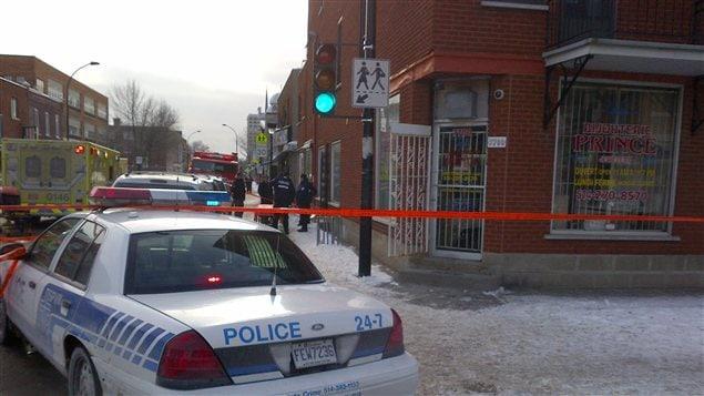 La bijouterie de Parc-Extension où trois employés ont été blessés lors d'un vol à main armée.