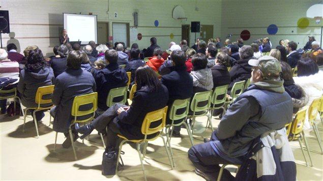 Réunion publique pour l'école Champlain à Moncton