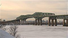Le pont Champlain, à Montréal