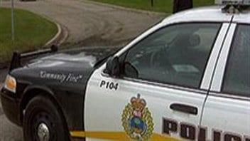 Une voiture de police au Manitoba