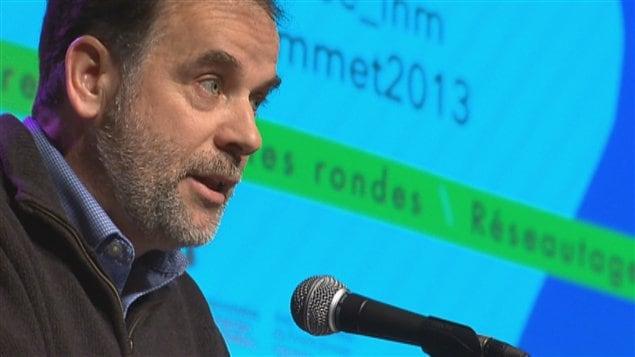 Pierre Duchesne, ministre de l'Enseignement supérieur, de la Recherche, de la Science et de la Technologie