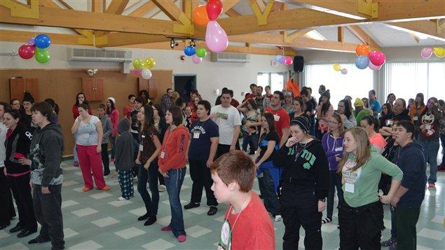 Séance d'activité physique au Forum jeunesse 12-17 ans à Dubuisson.