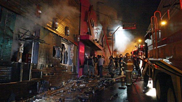La discoth�que incendi�e � Santa Maria