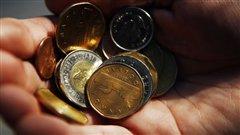 De plus en plus de Canadiens éprouvent de la difficulté à équilibrer les priorités financières