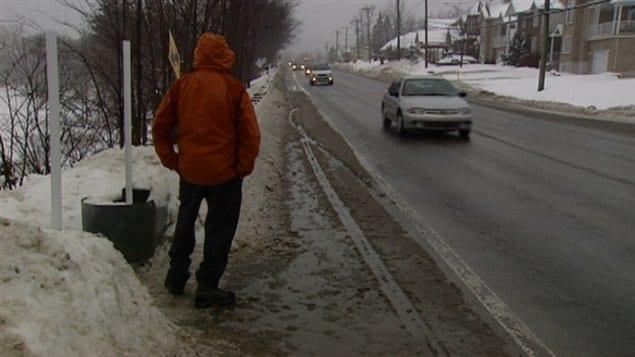 Voici l'un des arrêts de la rue Saint-Louis jugé dangereux par un citoyen de Gatineau.