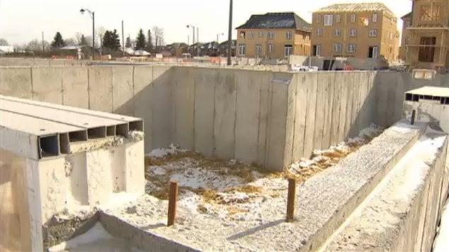 Le prix du coulage de fondations de maisons dans la région de Toronto serait gonflé illégalement.