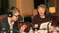 Simon Boudreault et Louisette Dussault dans un extrait de <em>Hansel et Gretel</em> |� Radio-Canada / Philippe Couture