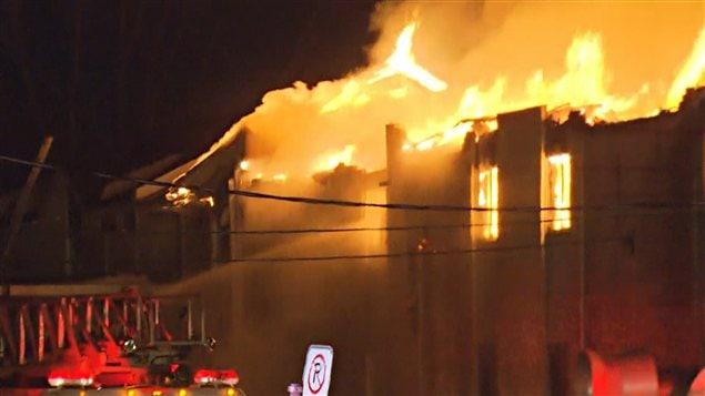 Incendie à la Ville Sainte-Rose, à Laval
