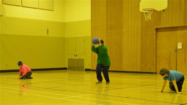 Le goalball est présenté en démonstration lors de la 30e finale régionale des Jeux du Québec à Rouyn-Noranda.