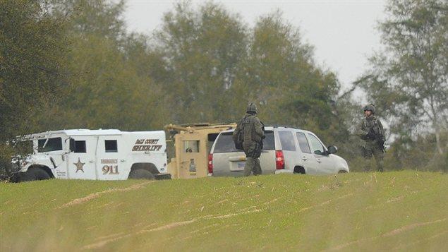 L'opération des autorités sur le site de la prise d'otage.