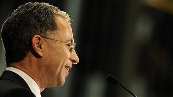 Le procureur fédéral du New Jersey, Paul Fischman, lors de son assermentation, le 14 décembre 2009