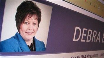 La mairesse de Weyburn Debra Button est enchantée d'être la première femme à présider l'Association des municipalités urbaines de la Saskatchewan (SUMA).