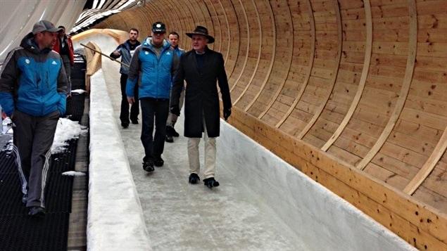 Le président de la FIBT inspecte la piste de Sanki
