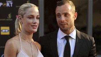 Oscar Pistorius et sa compagne Reeva Steenkamp