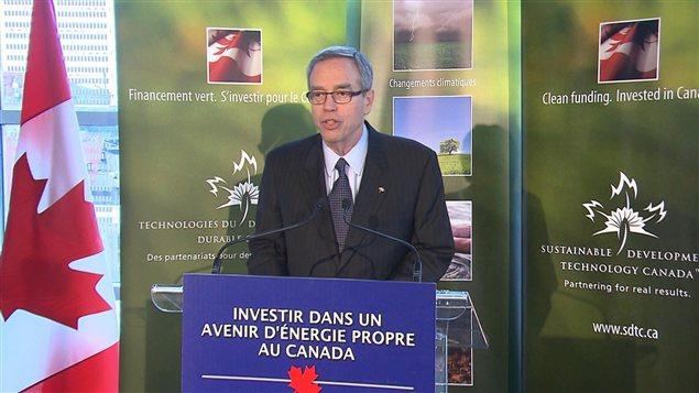 Le ministre des Ressources naturelles du Canada, Joe Oliver