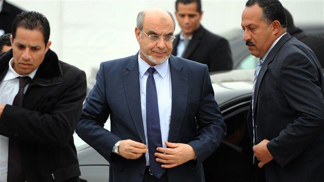 Le premier ministre Hamadi Jebali se rendant aux consultations avec les partis politiques lundi