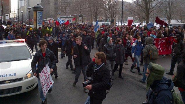 Les manifestants, rue Sherbrooke