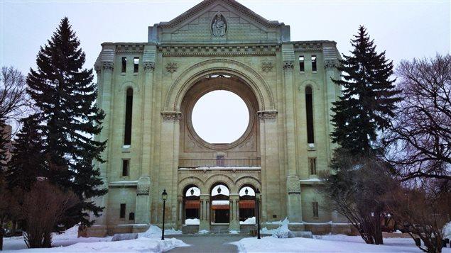 La façade de la cathédrale de Saint-Boniface, le 11 mars 2013, à Winnipeg