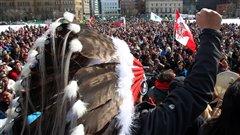 Des centaines de supporters venus acceuillir les marcheurs qui ont quitté la Baie James pour arriver à Ottawa le 25 mars 2013