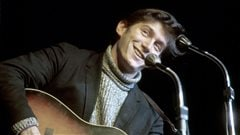 Phil Ochs � Carnegie Hall (New York, 1966). Image tir�e du film <em>Phil Ochs: There but for Fortune</em>, de Kenneth Bowser. Courtoisie First Run Features.