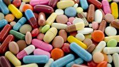 Des pilules de toutes les couleurs