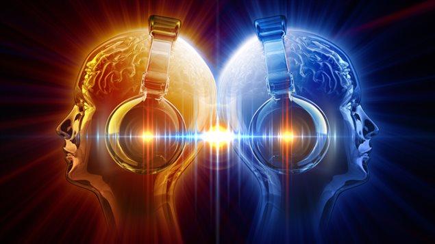 Représentation d'une femme qui écoute de la musique