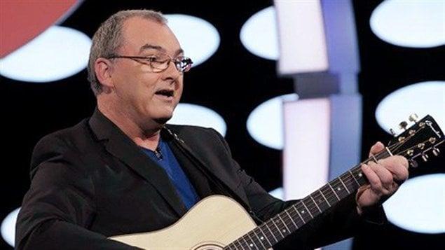 Gildor roy chanteur country et animateur festival des for Divan quebecois