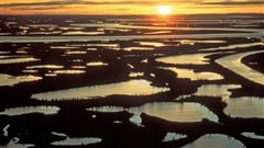Le delta du MacKenzie au soleil couchant