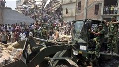 Retour sur l'effondrement d'un édifice au Bangladesh