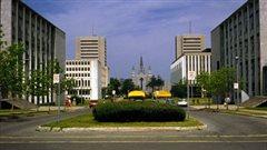 L'Université Laval est la première université francophone d'Amérique du Nord.