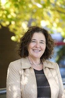 Yolande Cohen, professeur titulaire au département d'Histoire à l'Université du Québec à Montréal