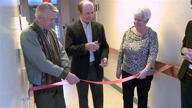 Deux chambres modernis es pour les soins palliatifs ici for Chambre 608 hopital de hull
