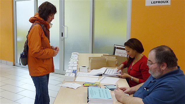 AFP_130525_2t25k_election-montreal-franc