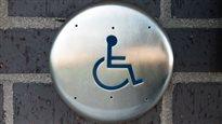 Sur 60 hôtels visités, aucun ne respecte la loi pour les personnes handicapées