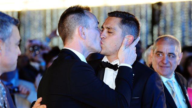 Vincent Autin et Bruno Boileau sont devenus le premier couple homosexuel à se marier en France.