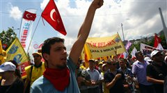Manifestation contre le gouvernement turc � Ankara, le 5 juin. <i>Photo : AFP</i>