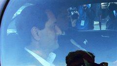 Michael Applebaum est apparu calme dans la voiture qui l'amenait au quartier général de la SQ, à Montréal.