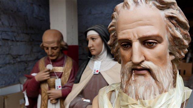 Statues remisées | Christian Côté/Radio-Canada