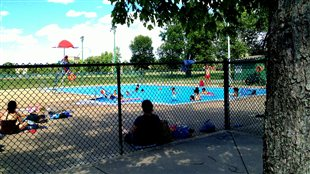 Grands dossiers rive sud radio for Club piscine rive sud montreal