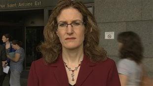 Heidi Rathjen, porte-parole du groupe Poly se souvient et témoin de la tuerie de l'École Polytechnique de Montréal, réagit à la décision de la Cour d'appel du Québec sur le registre des armes à feu, le 27 juin 2013.