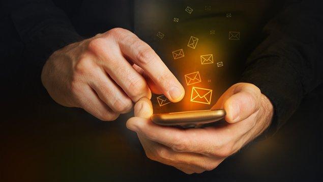 Les renseignements sur les comportements en ligne des Canadiens et glanés auprès des compagnies de télécommunication sont une mine d'or pour le gouvernement canadien.
