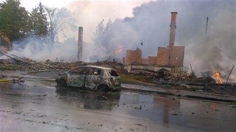 Une rue de Lac-Mégantic dévastée, le 6 juillet 2013