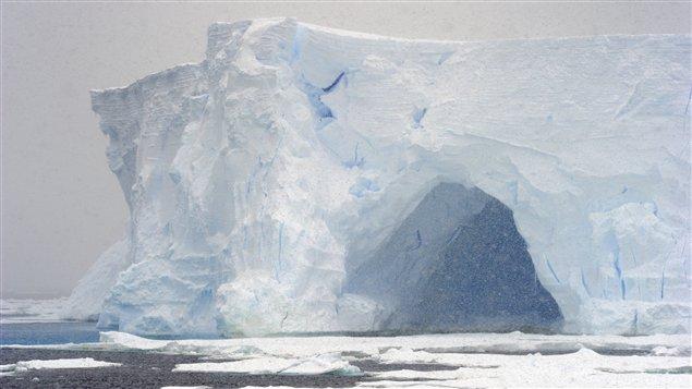 Une vue du paysage de l'Arctique.